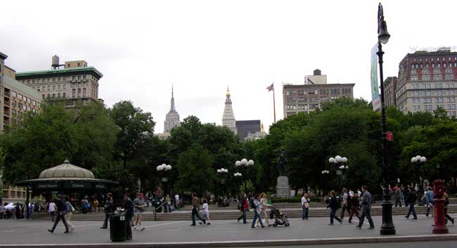 New York City Street Scene, Union Square