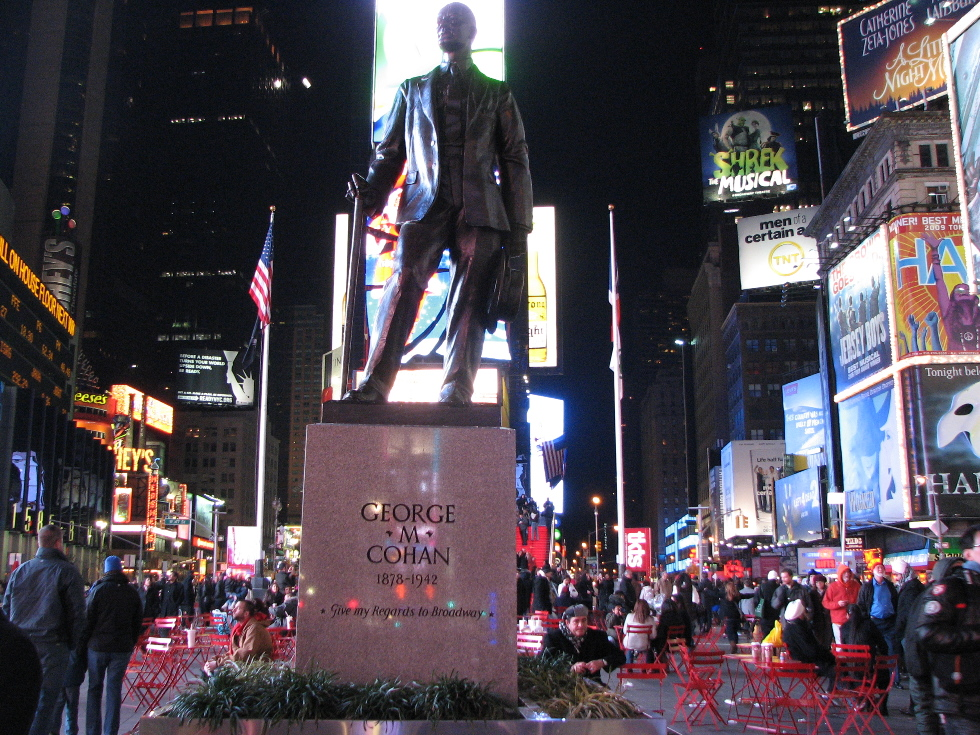 New York Statue of George M. Cohan in Times Square